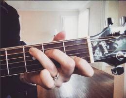 pic guitar